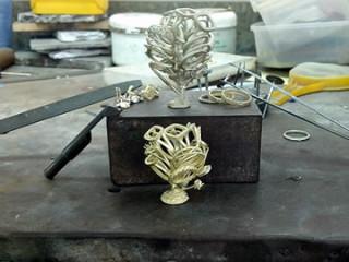 jewelryartworkthumb320x240.jpg